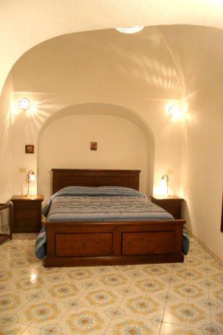 Pantelleria charmante una dimora di charme in un dammuso del 1800 a pantelleria in sicilia - Illuminazione camera da letto matrimoniale ...
